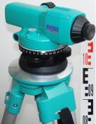 Nivelační přístroj SOKKIA C410, kompletní set